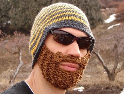Czapka z brodą